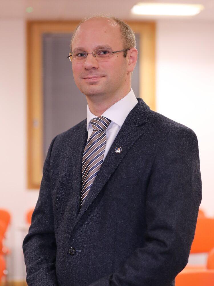 Dr Thorben Hänel-Muhs