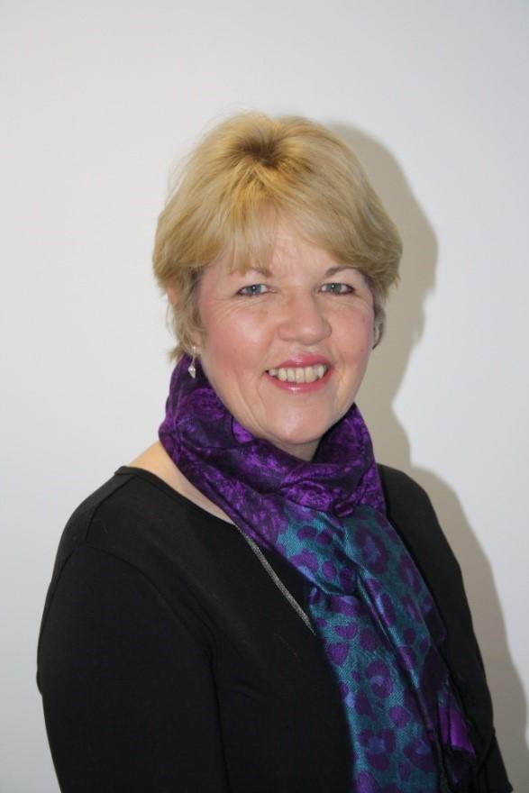 Carolyn Nozedar