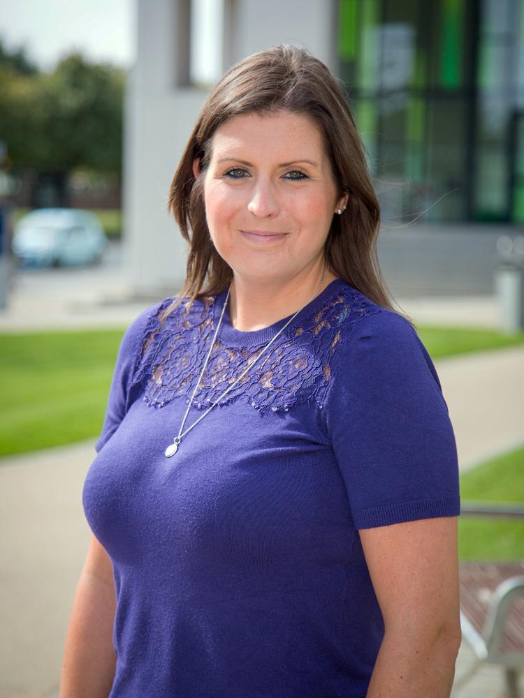 Lynzie Middleton