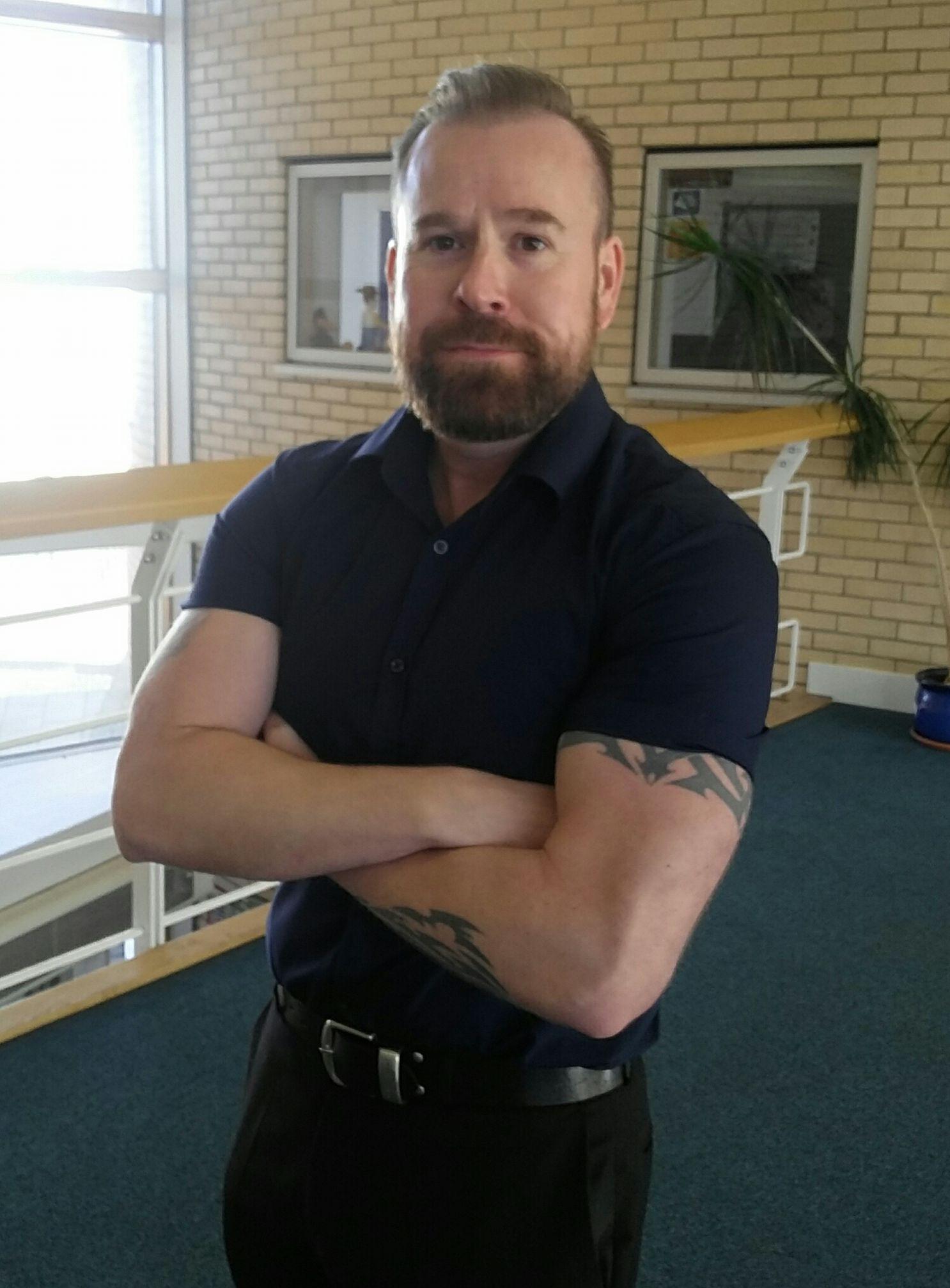 Dr Dan Ward