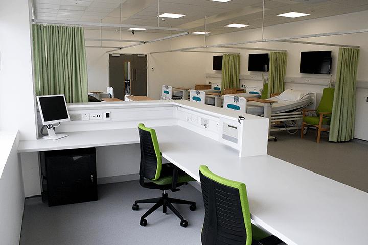 mock ward with desk